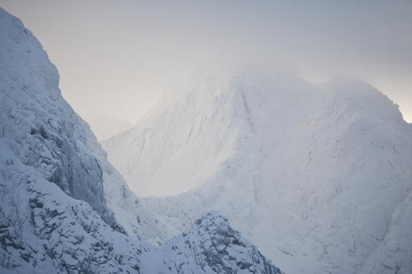 Winter mountain. by rontear