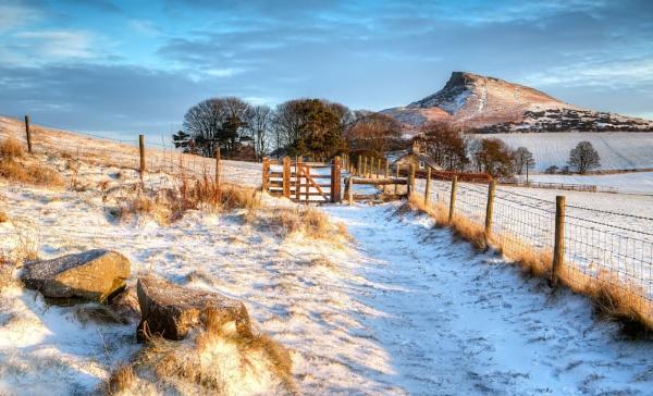 A Winters Morning by JulieLetten
