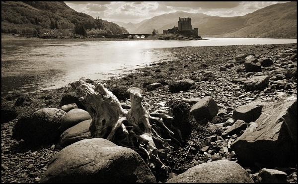 A certain castle. by Niknut