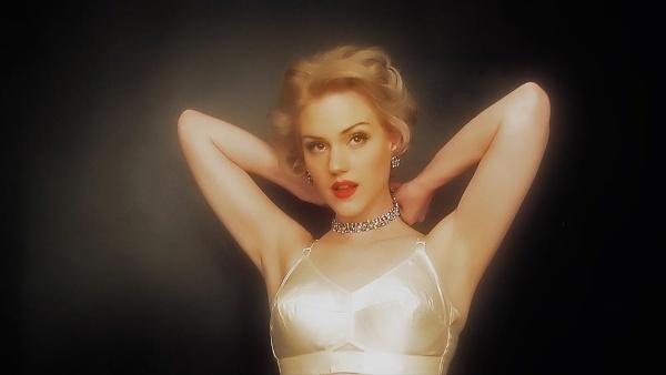 Marilyn\'s Bullet Bra by stevekhart