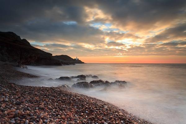 Sunrise at Bracelet Bay by carbonbianchi