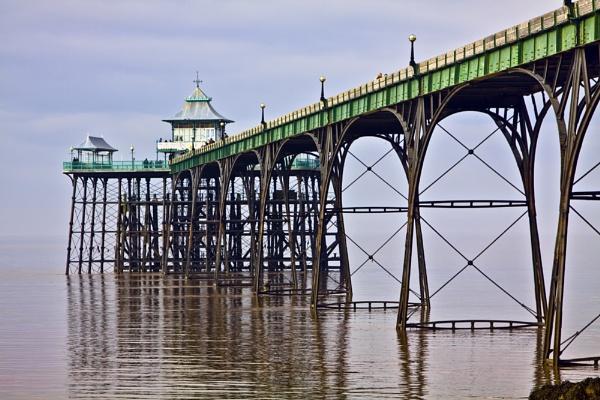 Clevedon Pier by GordonLack