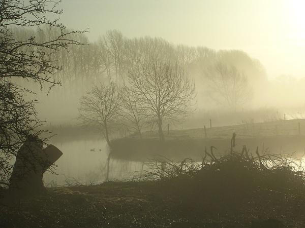 Thames Mist by cageymac