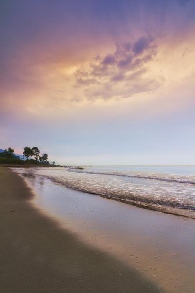 seaside by saeedyounesi