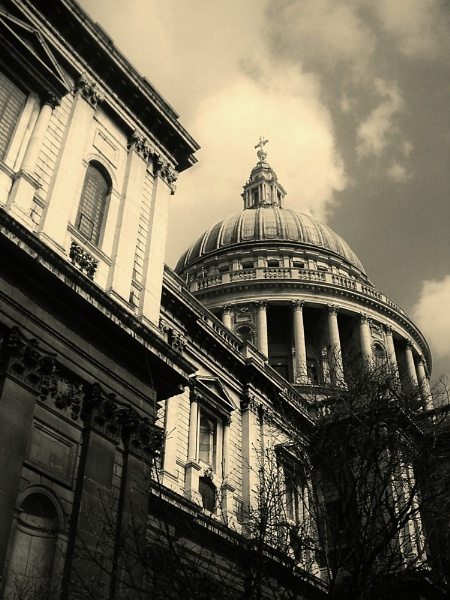St Paul\'s by ligeri66