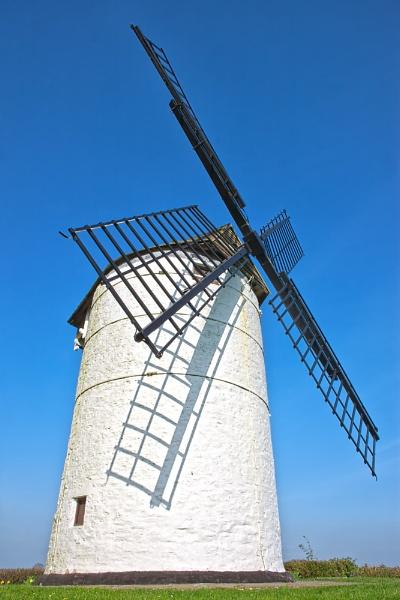 Ashton Windmill by livinglevels