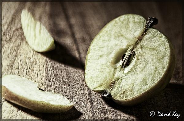 Apple by woodyp