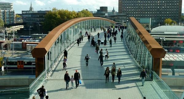 Bridge at Stratford New Shopping Centre by sedonamoonshine