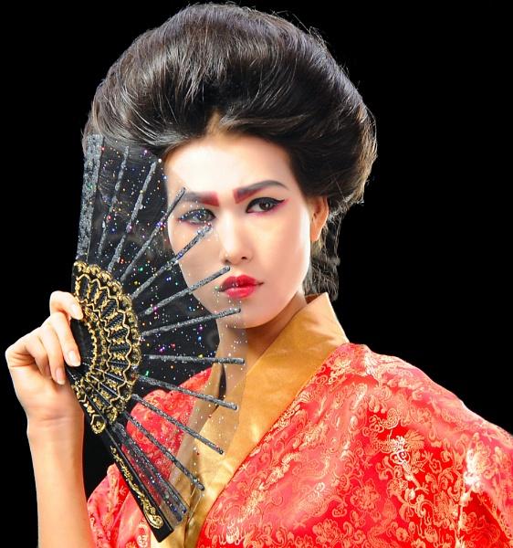 Japanese Girl by Berniea