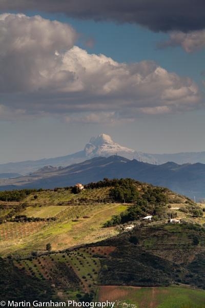 Mountain view. by garnham123