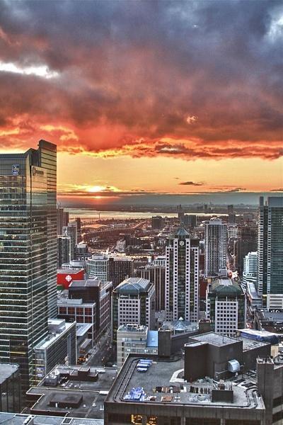 Toronto Sunset by chieflong