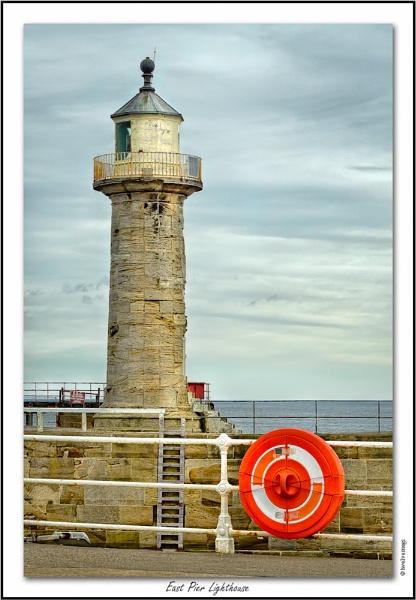 East Pier Lighthouse by twelvemegs