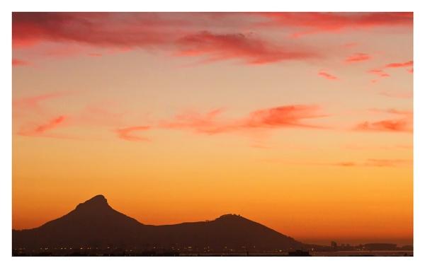 Sun Set Over Lions Head by devlin
