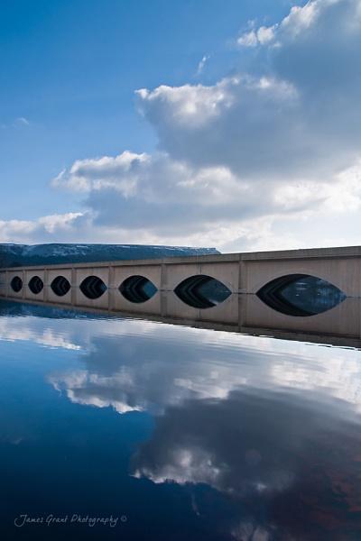 Ashopton Bridge by jamesgrant