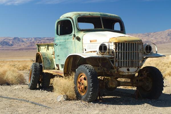 Derelict Truck by tonpla