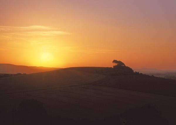 Woodborough Hill Sunset by rogerbryan