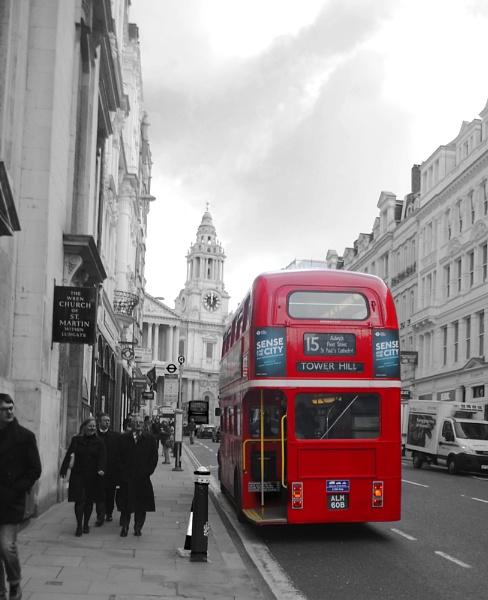 London Bus by danvan