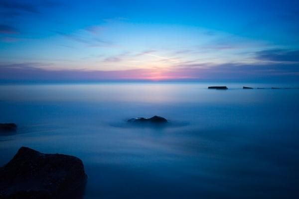 Fraisthorpe Dawn by phillG