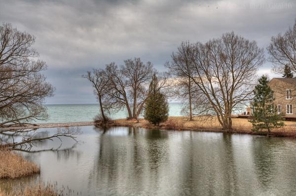 Cedar Crest Beach Rd Bowmanville Ontario Canada by e_villeda