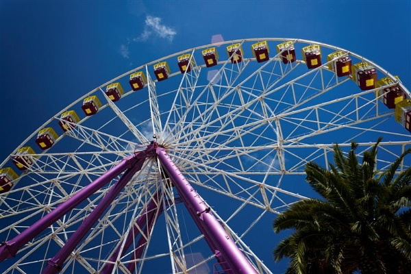 Geelong ferris Wheel by jcamper