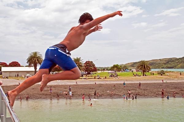 Jump for fun by Dukie