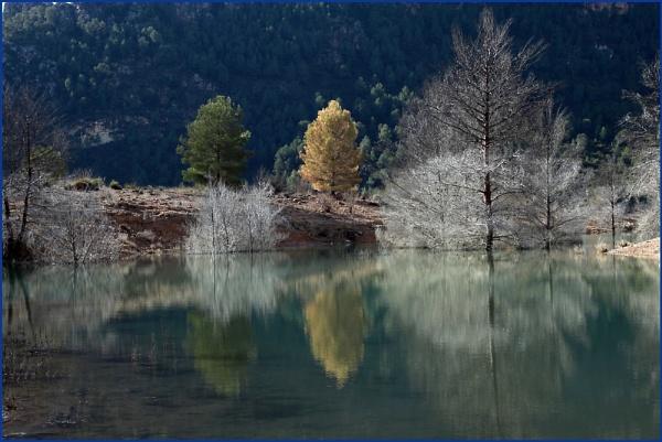 lake Cenajo, espana by SpanishDave