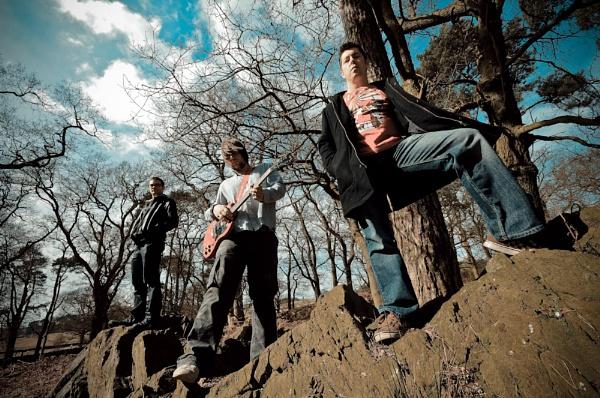 Fingerbeast (rock band) by niallkeay1969