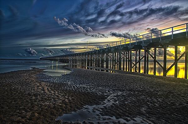 Urangan Pier Hervey Bay by deguest