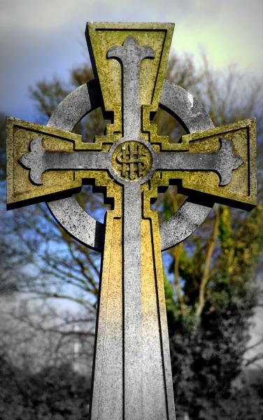 Cross by hunter031072