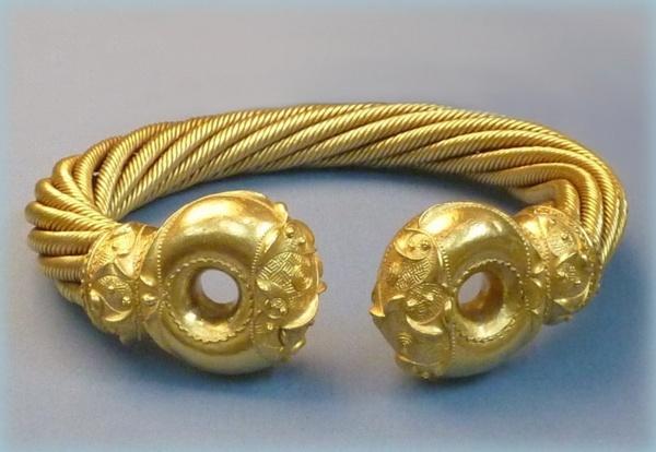 Iron Age Gold by BarbaraR