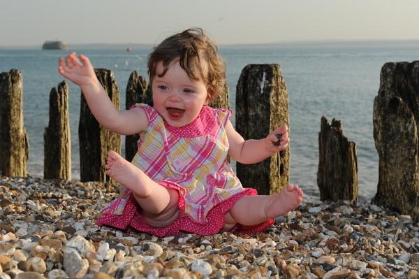 Keavy at the beach by popeyebilly