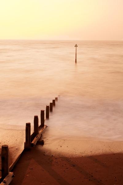 Colourful Teignmouth Beach by marktc