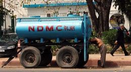 0nly in delhi