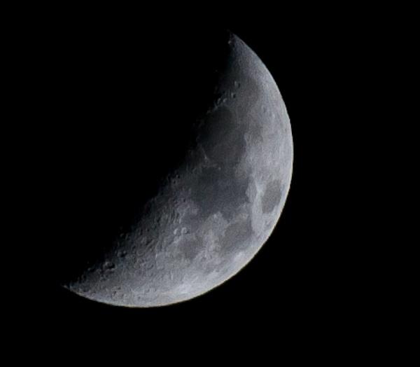 moon by brrttpaul