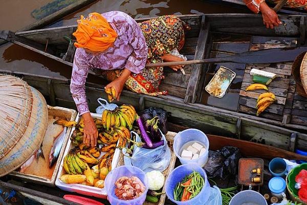 bananas buyer by yudhanh