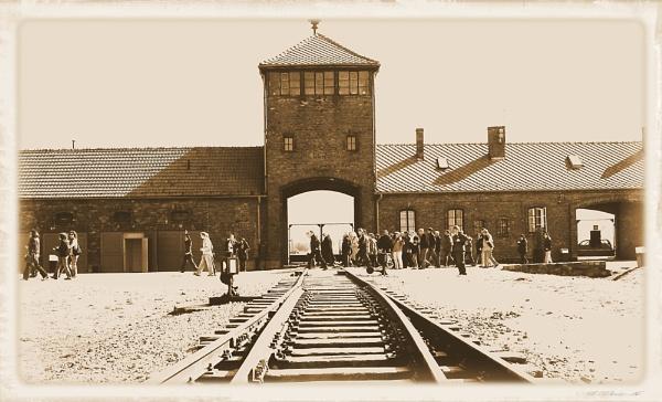 Auschwitz Birkenau by danmclean