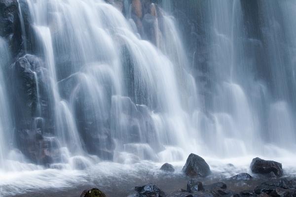 cascade de bleu by Ezo