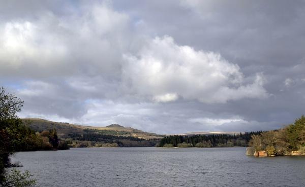 Burrator Reservoir, Dartmoor by topsyrm