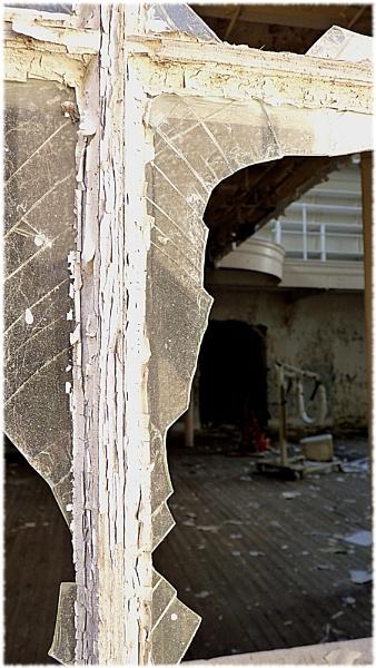 Abandoned hospital by Kittenfox