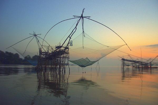 fishing net by malaysiaguy