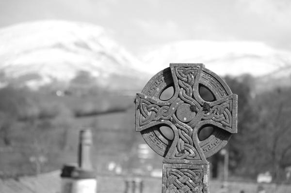 Celtic Cross by photohog69