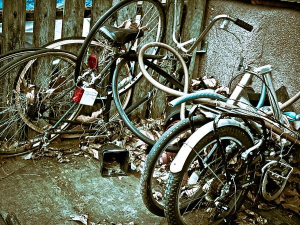 Mangled Bikes by JaHa