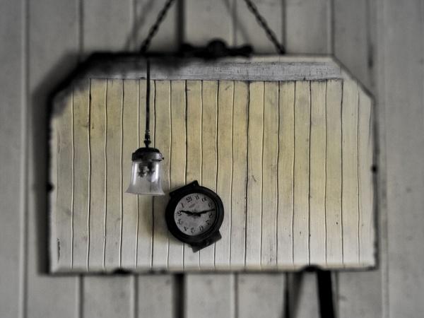 Clock, Mirror and Lamp by Camairish