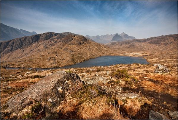 Loch a Choire Riabhaich by Sue_R