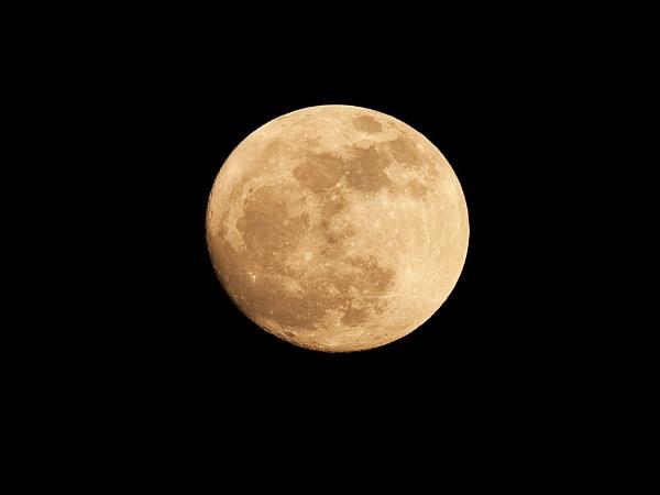 Tonights moon by skewey