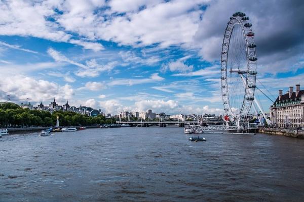 London in my eyes by Abdelrazek