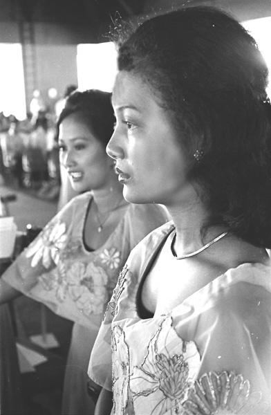 Filipina Beauties by Carlkuntze