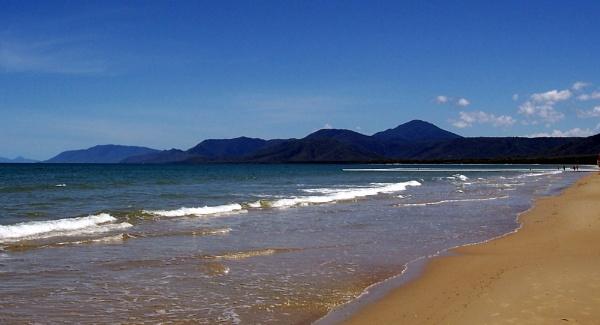 four mile beach by raymond18