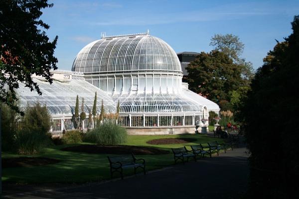 Botanic Gardens Belfast (Palm House) by mirrorlens