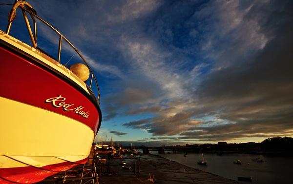 Red Marlin by BigE